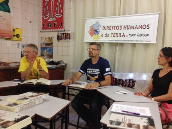 Políticas públicas para os direitos humanos são cobradas durante coletiva em Cuiabá